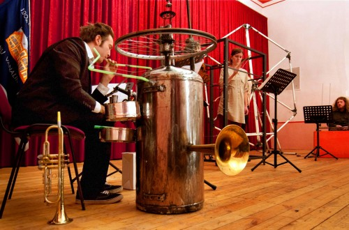 "Second concert with instruments made by students from the Estonian Academy of Arts. From left to right: ""Boiler"" (Henry Griin), ""Framarr"" (Doris Feldmann and Marianne Jõgi), ""Museib"" (Kaarel Kütas). Photographer: Harri Rospu."